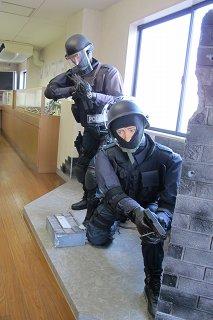 SWATな人々.jpg